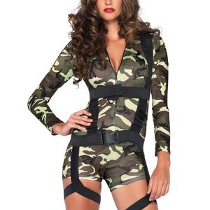 Army/ combat girl costumes